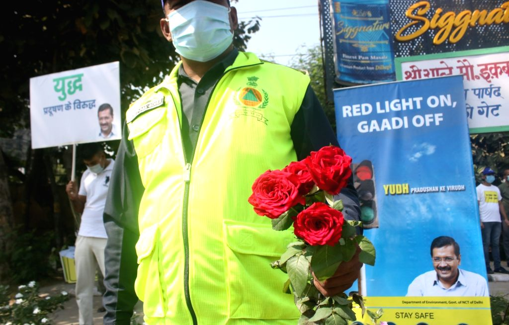 Delhi Environment Minister Gopal Rai visited ITO Red Light to inspect the 'Red Light On Gaadi Off' campaign launched by the Delhi Government to curb rising air pollution in the national ... - Gopal Rai