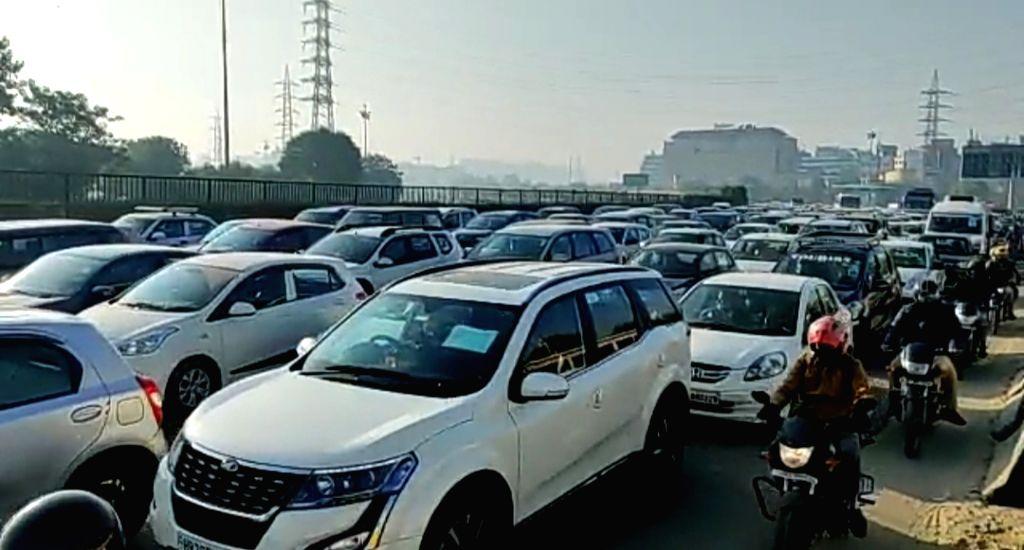 Delhi-Gurugram traffic
