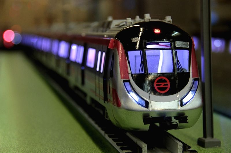 Delhi metro museum: The model of a metro rail on display. (Photo Credit: DMRC)