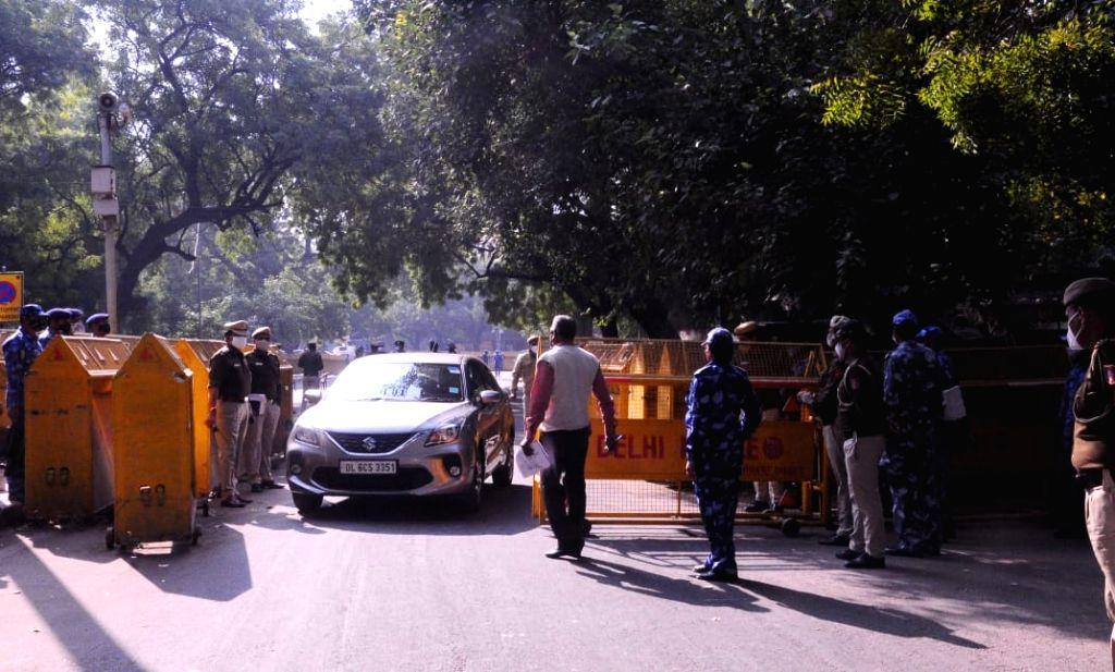 Delhi Police closed at Jantar Mantar during a protest call by Farmers, they don't have permission to hold this protest in Delhi, on Thursday..