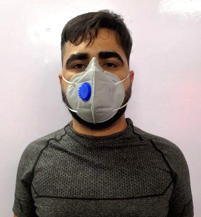Delhi's dreaded gangster sheltered by Guj-based liquor mafia arrested