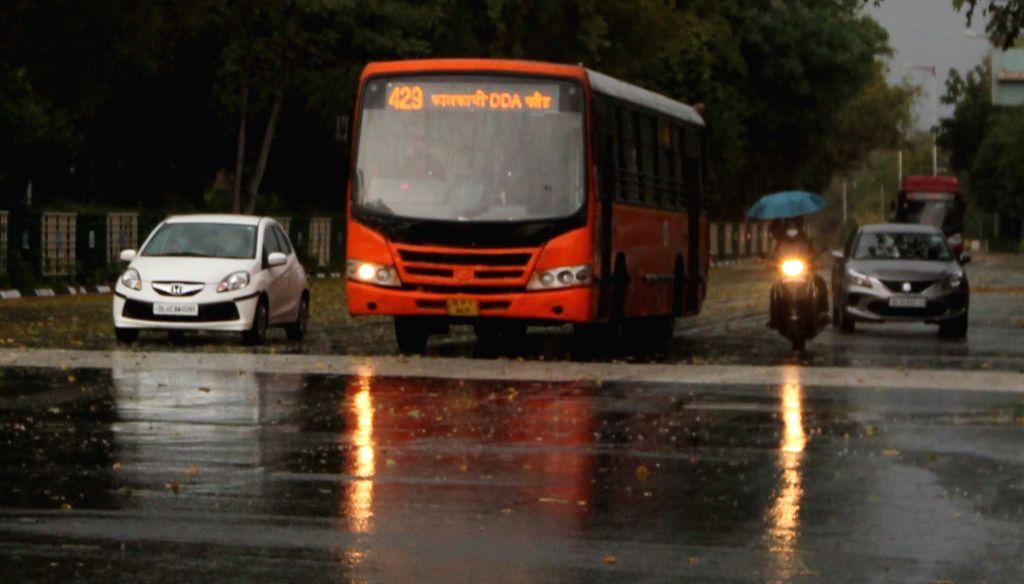 Delhi witnesses light rains, heat wave abates (Photo: IANS)