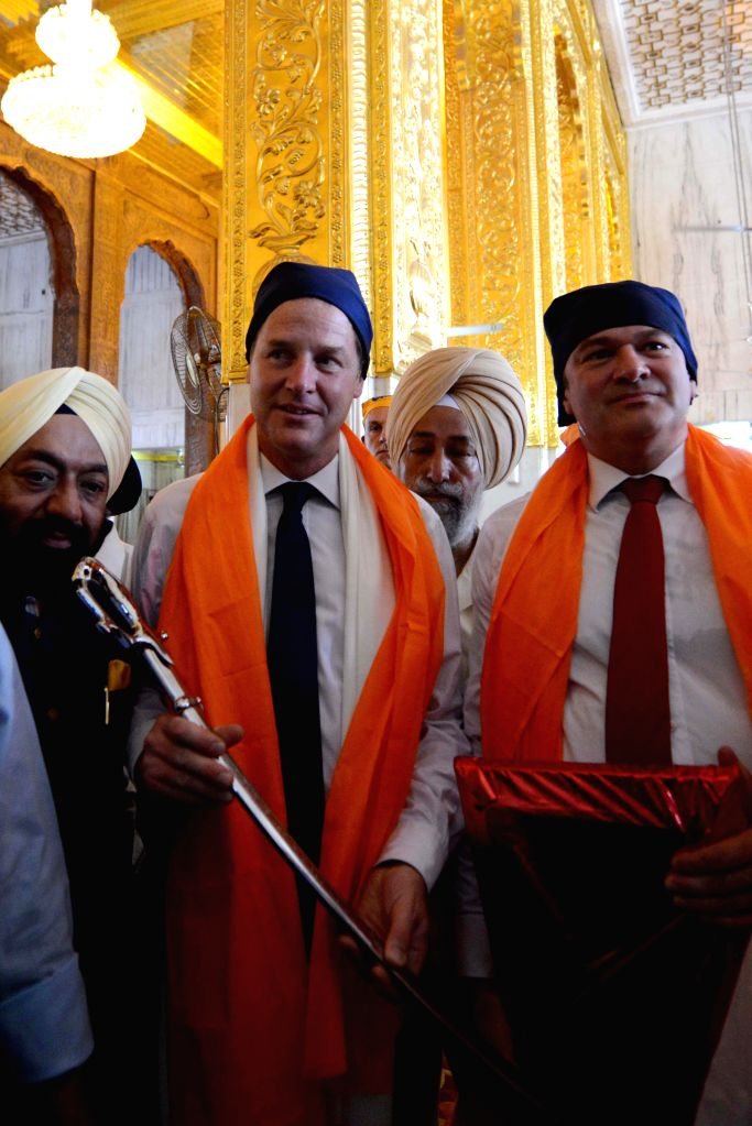 Deputy Prime Minister of United Kingdom Nick Clegg visits Gurudwara Bangla Sahib in New Delhi on Aug 25, 2014.