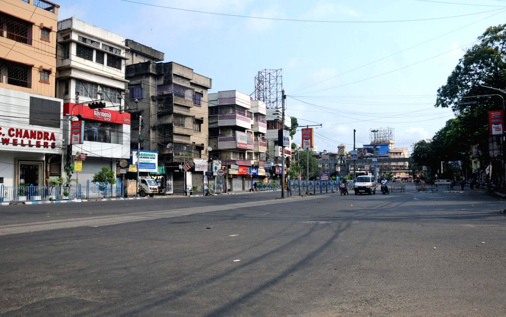 Deserted roads in the City during lockdown on Coronavirus pandemic in Kolkata on Sunday, May 16, 2021.