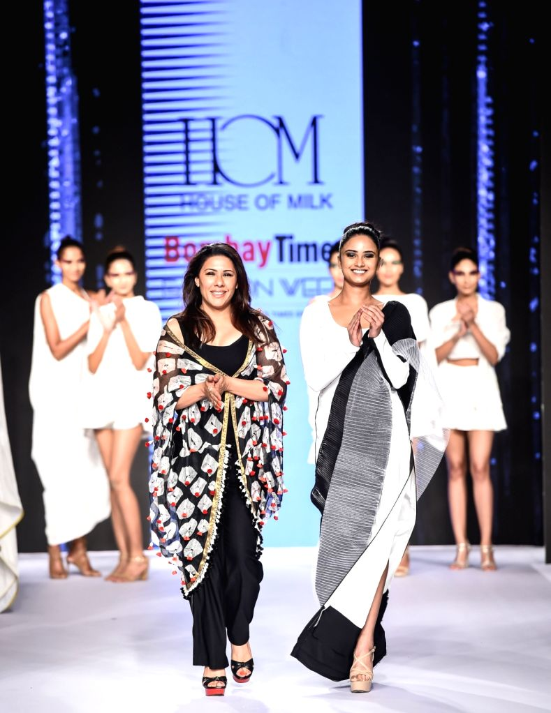 Designer Reshma Merchant with model Shraddha Shashidhar during her show on the second day of Bombay Times Fashion Week 2018, in Mumbai on March 31, 2018. - Shraddha Shashidhar