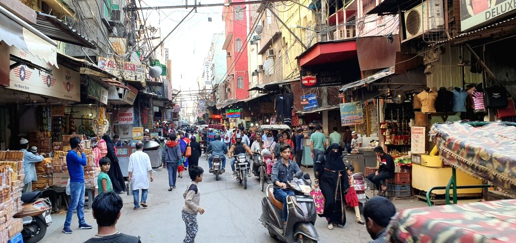 Despite the overwhelming aroma of the mutton nahari, biryani, bheja fry in this old city area of the national capital, the traders particularly those who run eateries of Jama Masjid wear a ...