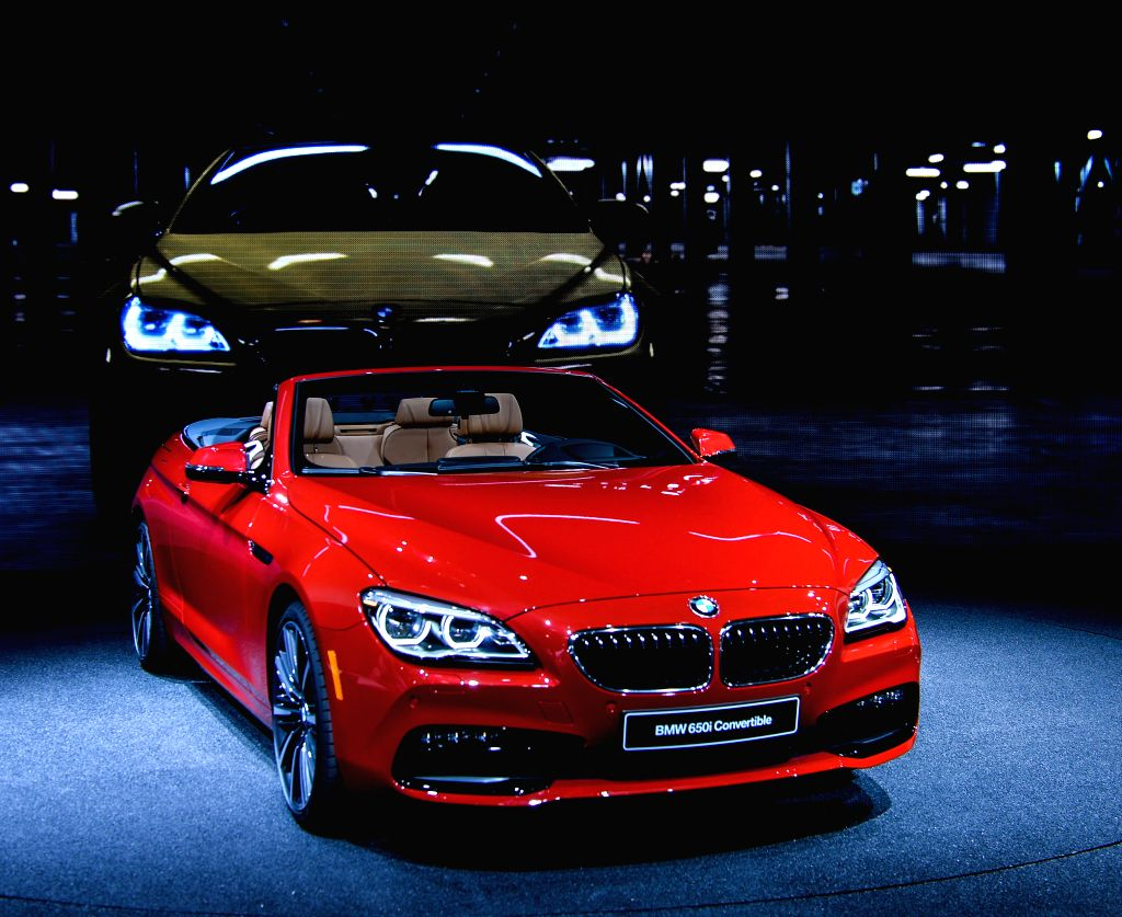BMW 650i convertible is presented during the 2015 North American International Auto Show (NAIAS) in Detroit, the United States, Jan. 12, 2015. (Xinhua/Bao ...
