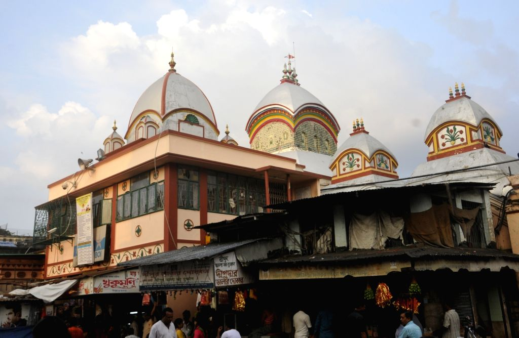 Devotees at Kalighat Kali Temple on the occassion of Kali Puja in Kolkata on Oct 29, 2016.