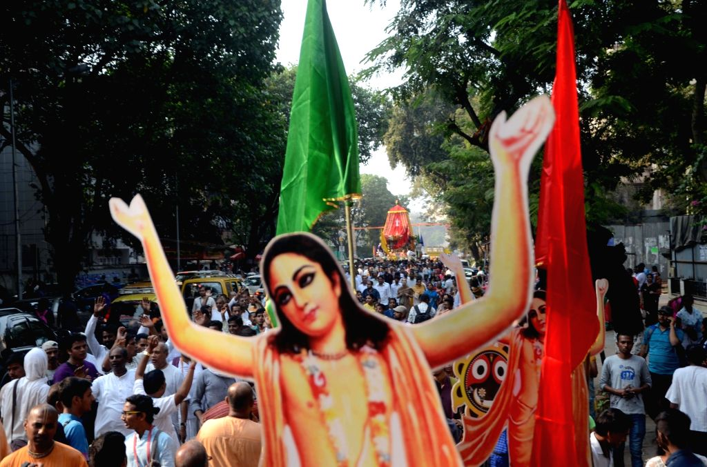 Devotees in large numbers participate in a Jagannath procession organised by ISKCON in Mumbai, on Jan 14, 2017.