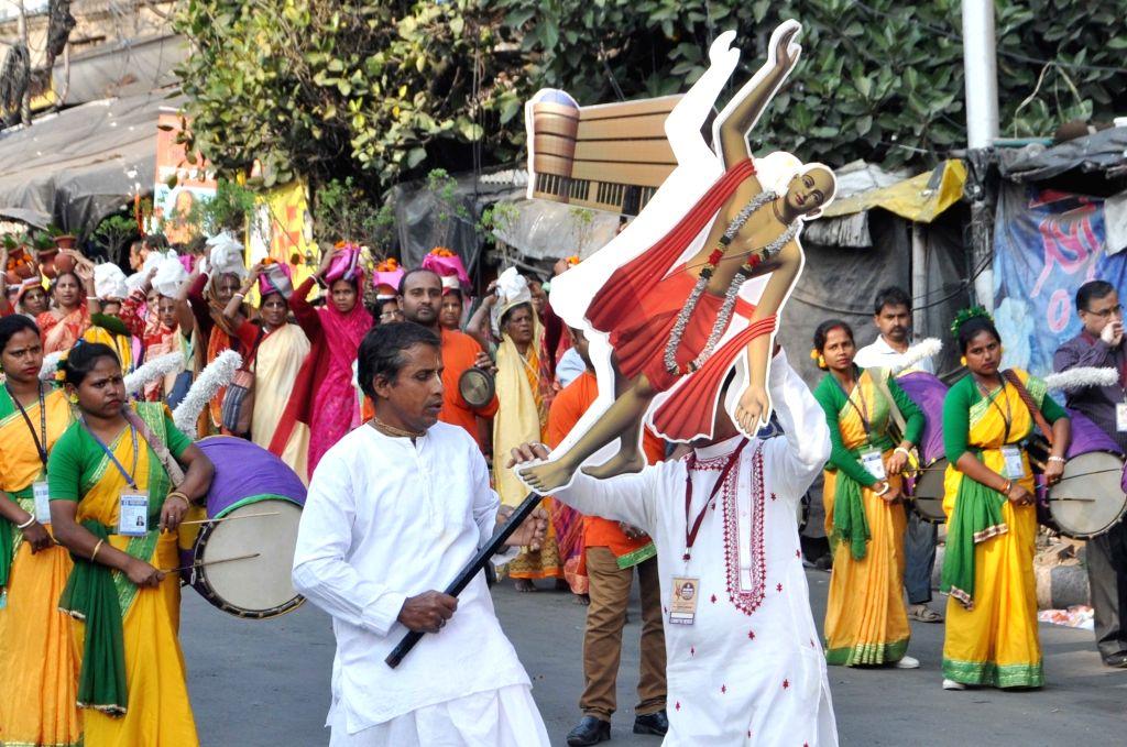 Devotees participate in rally on the occasion of 534th birth anniversary of Sri Chaitanya Mahaprabhu in Kolkata on Feb 10, 2020.