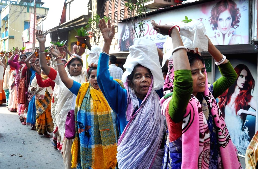 Devotees participate in rally on the occasion of 534th birth anniversary of Sri Chaitanya Mahaprabhu in Kolkata on Feb 10, 2020.