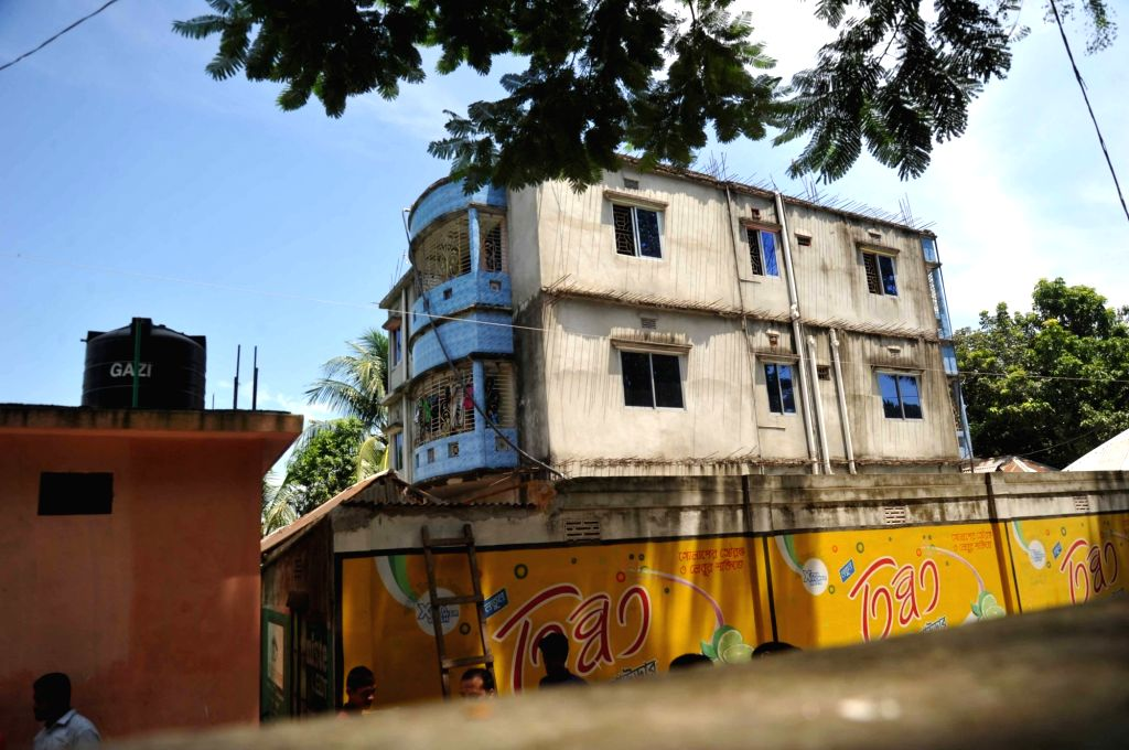 DHAKA, Aug. 27, 2016 (Xinhua) -- Photo taken on Aug. 27, 2016 shows the house where the gun battle with militants happened on the outskirts of Dhaka, Bangladesh. The suspected mastermind of last month's deadly cafe attack that killed 22 was among tho