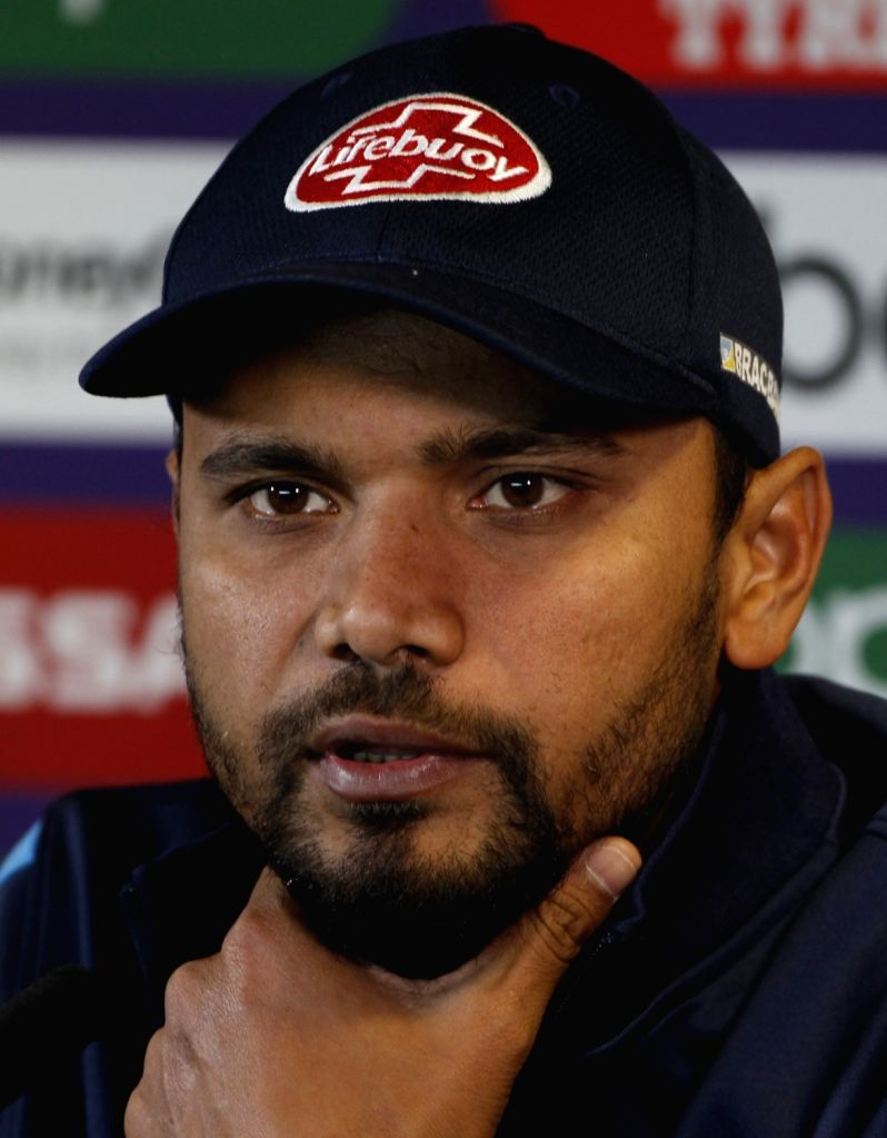 Dhaka, June 5 (IANS) Former Bangladesh captain Mashrafe Mortaza has said there was a rush to push him out of the team and into retirement after enduring a lean patch. Mortaza said he was not even offered a farewell match.	 (File Photo: Surjeet Yadav/ - Mashrafe Mortaza and Surjeet Yadav