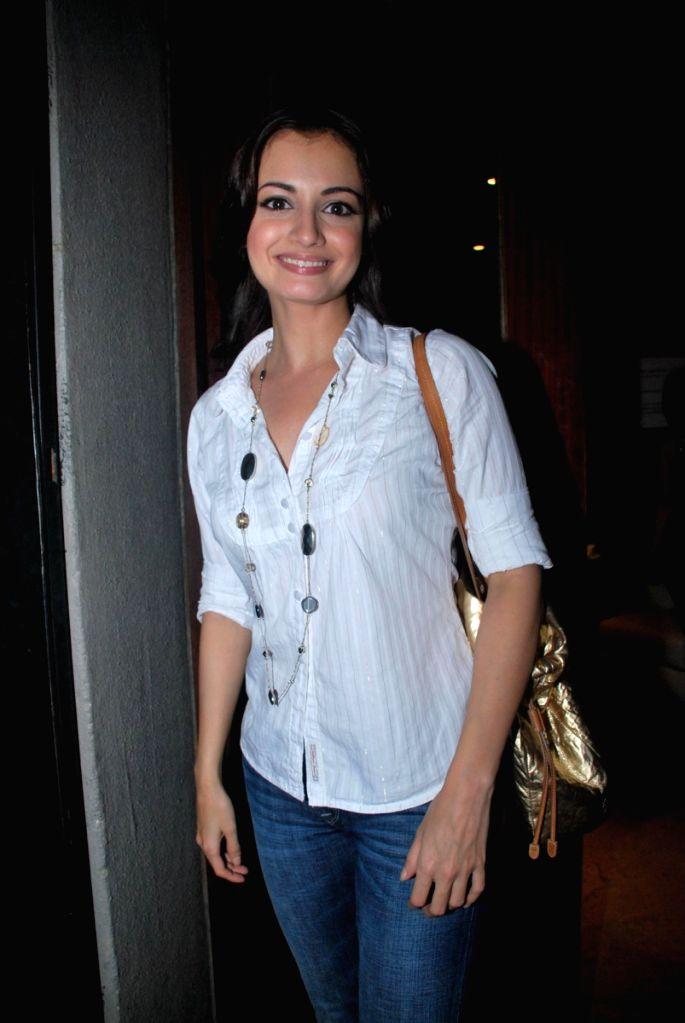 Dia Mirza at the Comedy Store Tour in Mumbai. - Dia Mirza