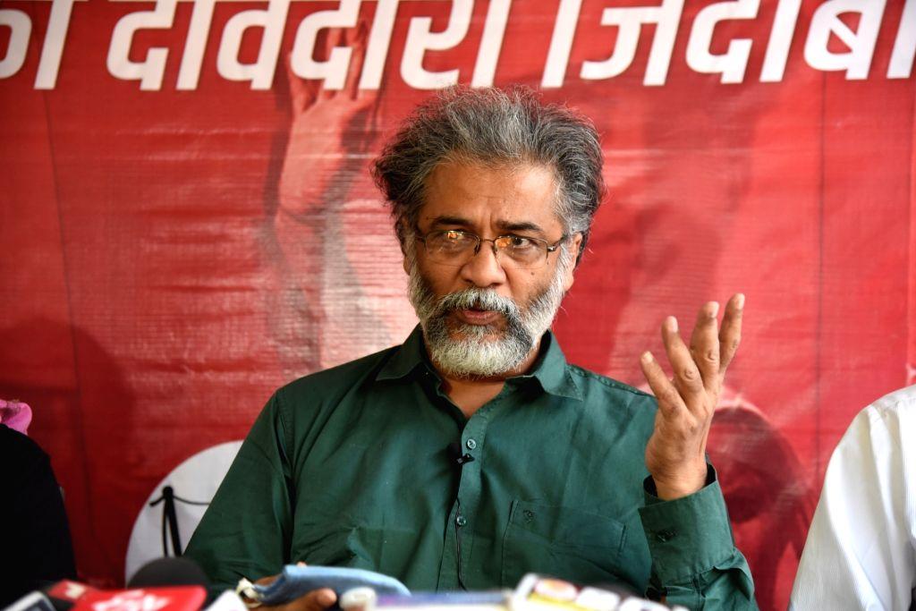 Dipankar Bhattacharya addressing a press conference in Patna on November 15, 2020.
