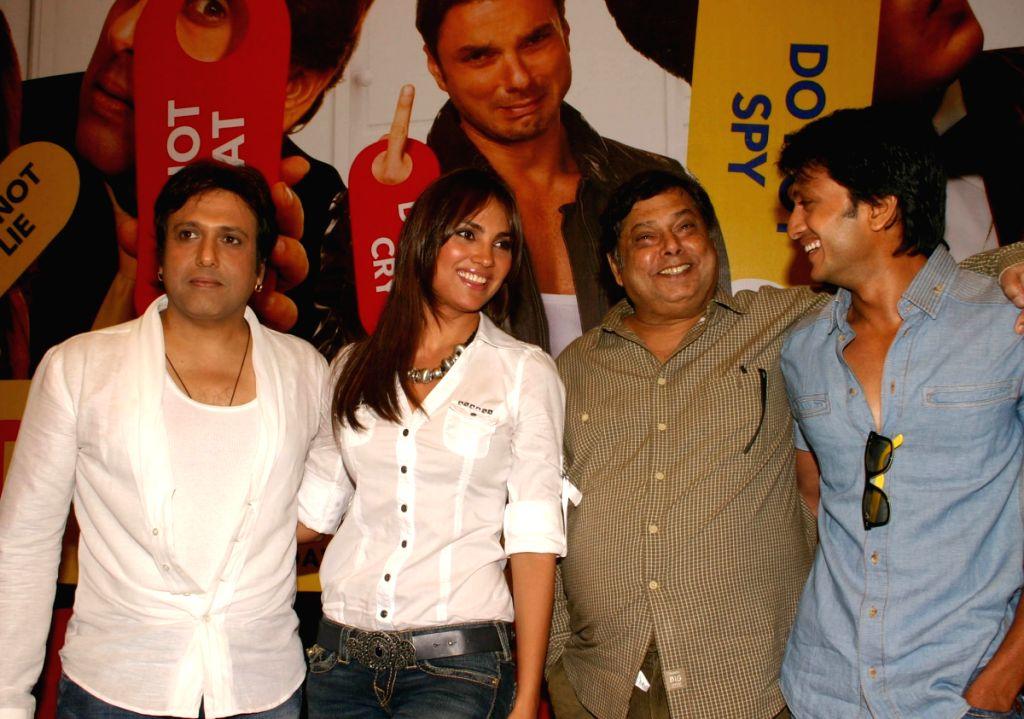 "Director David Dhawan with Actors Govinda, Lara Dutta and Ritesh Deshmukh at a press meet for the film ""Do Knot Disturb"" in New Delhi on Tuesday 15 Sep 09. - Lara Dutta and Ritesh Deshmukh"