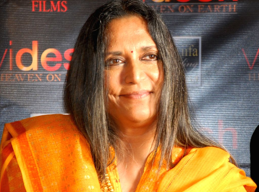 "Director Deepa Mehta address to the press on her new film ""Videsh-Heaven on earth"" in Kolkata on Thursday 19th Mar 09."