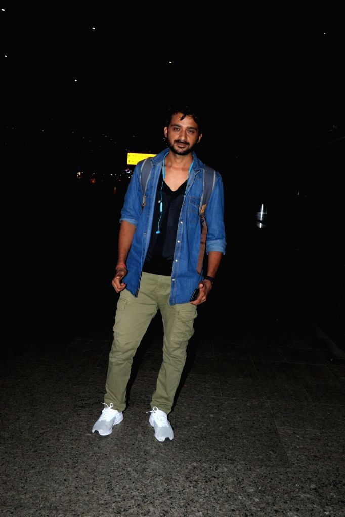Director Gabriel Vats Spotted at Airport Spoken about his Upcoming Project Ek Nashebaaz on Monday June 21, 2021.