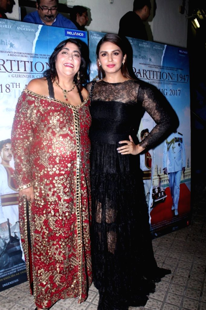 """Director Gurinder Chadha and Actress Huma Qureshi during the special screening of film """"Partition: 1947"""" in Mumbai on Aug 17, 2017. - Huma Qureshi"""