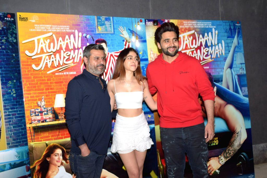"Director Nitin Kakkar with actors Jackky Bhagnani and Alaya Furniturewala during the media interactions for their upcoming film ""Jawaani Jaaneman"" in Mumbai on Jan 9, 2020. - Jackky Bhagnani and Alaya Furniturewala"