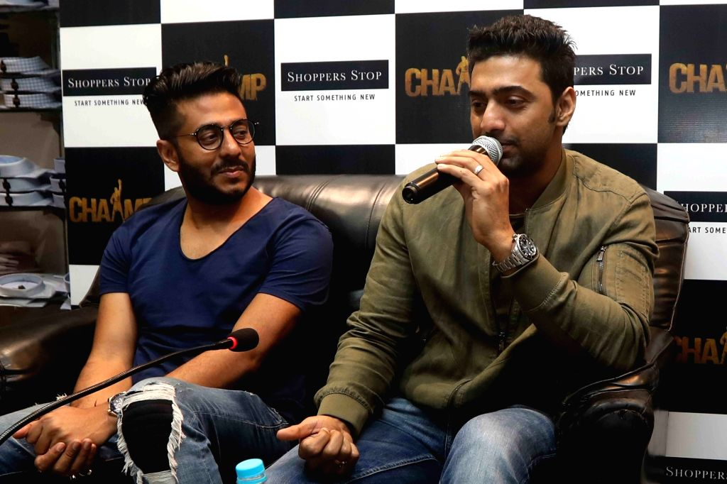 "Director Raj Chakraborty and actor Dev during a press conference to promote their upcoming film ""Champ"" in Kolkata on June 20, 2017. - Dev and Chakraborty"