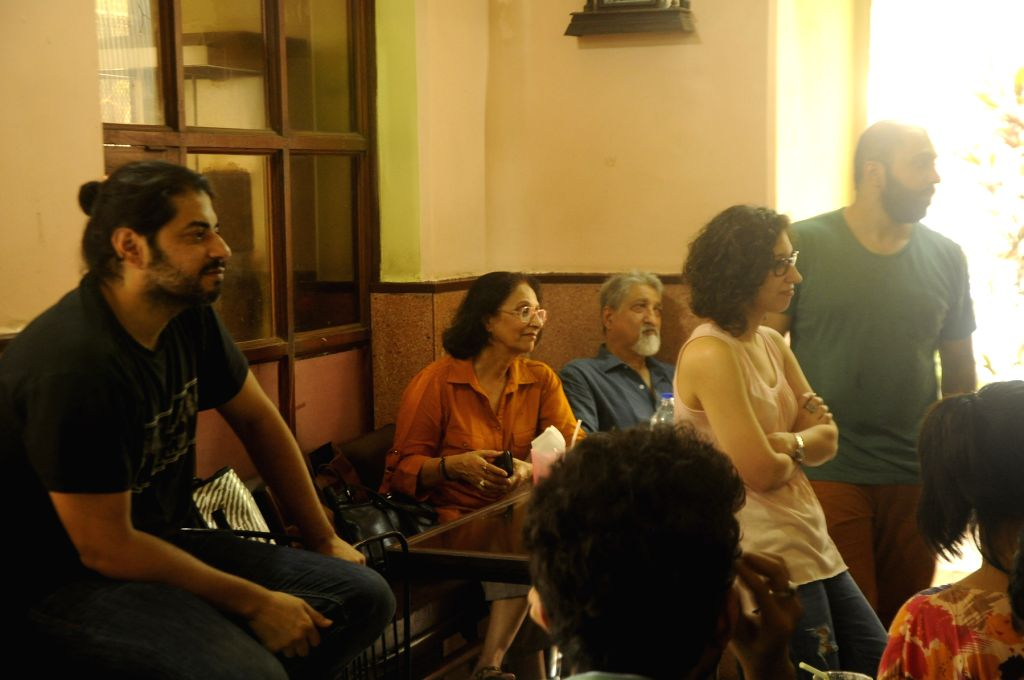 Director Ritesh Batra hosts interactive sessions to revive Irani cafes in Mumbai.