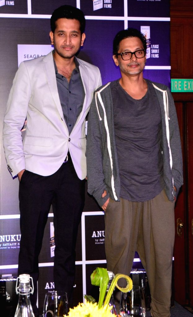 Director Sujoy Ghosh and actor Parambrata Chatterjee during the screening of a short story 'Anukul' in Kolkata on Oct 4, 2017. - Parambrata Chatterjee and Sujoy Ghosh