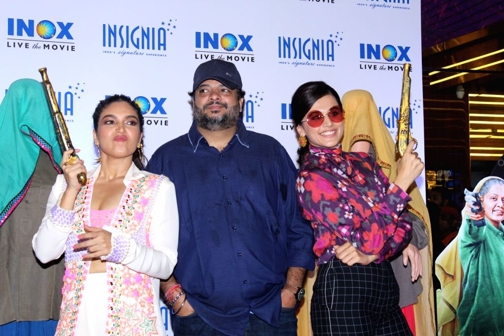 "Director Tushar Hiranandani with actors Bhumi Pednekar??? and ???Taapsee Pannu at the trailer launch of their upcoming film ""Saand Ki Aankh"" in Mumbai on Sep 23, 2019. - Bhumi Pednekar"