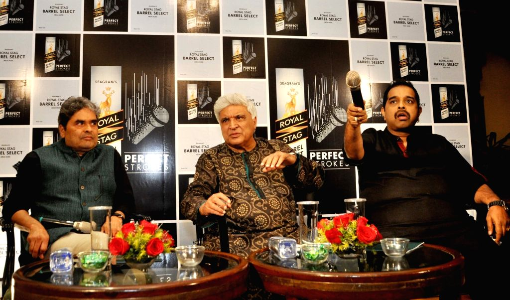 Director Vishal Bhardwaj, composer Shankar Mahadevan, lyricist Javed Akhtar during a promotional programme in Kolkata on Nov 25, 2016. - Vishal Bhardwaj