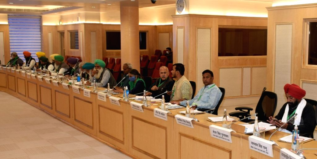 Discussing the meeting of representatives of Farmers' Organizations, Narendra Singh Tomar, Minister of Commerce and Industry, Piyush Goyal and Minister of State Som Prakash today, at Vigyan Bhawan, ... - Narendra Singh Tomar