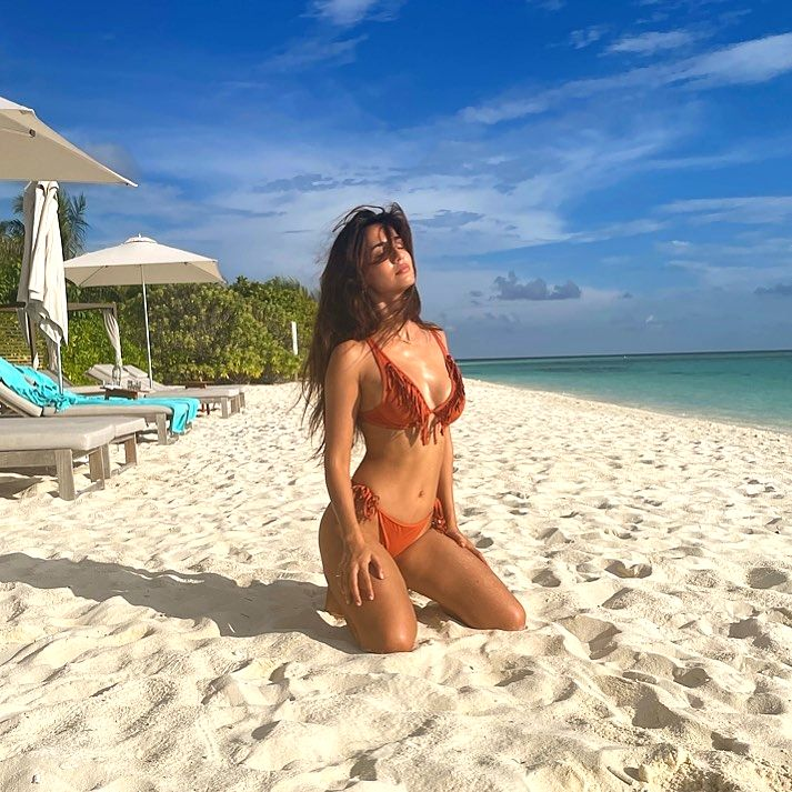 Disha Patani flaunts hourglass perfection in fringed bikini .(photo:Instagram)