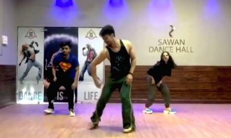 Disha Patani loves Tiger Shroff's groovy dance moves.