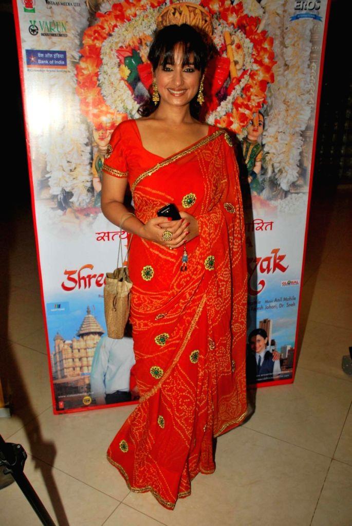 Divya Dutta Promotes film Vignahara Siddhivinayak in Mumbai.