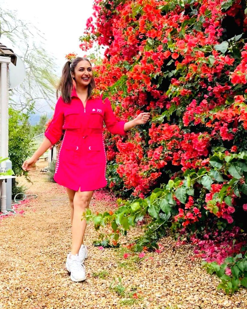 Divyanka Tripathi calls herself a 'seasonal flower - Divyanka Tripathi