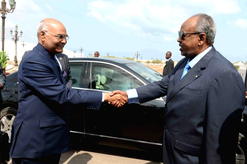 Djibouti President Ismaïl Omar Guelleh meets President Ram Nath Kovind during a Ceremonial Welcome at Presidential Palace in Djibouti on Oct 4, 2017. - Nath Kovind