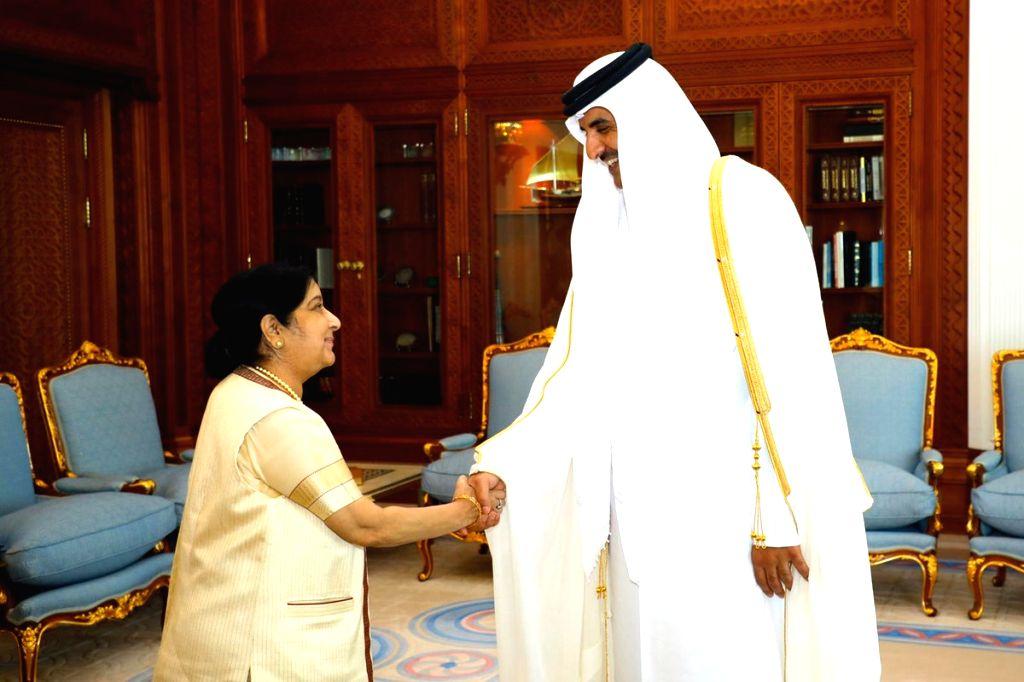 :Doha: External Affairs Minister Sushma Swaraj calls on Emir of Qatar, Sheikh Tamim bin Hamad Al-Thani in Doha, Qatar on Oct 29, 2018. (Photo: IANS/MEA).