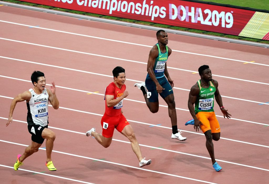 DOHA, Sept. 28, 2019 - Su Bingtian (2nd L) of China competes during the men's 100m heat at the 2019 IAAF World Athletics Championships in Doha, Qatar, Sept. 27, 2019.