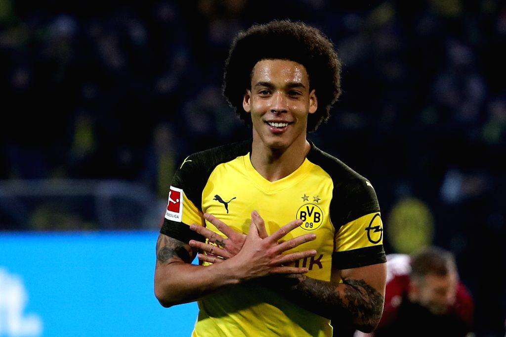 DORTMUND, Jan. 27, 2019 (Xinhua) -- Axel Witsel of Dortmund celebrates scoring during the Bundesliga match between Borussia Dortmund and Hannover 96 in Dortmund, Germany, Jan. 26, 2019. Dortmund won 5-1. (Xinhua/Joachim Bywaletz/IANS)