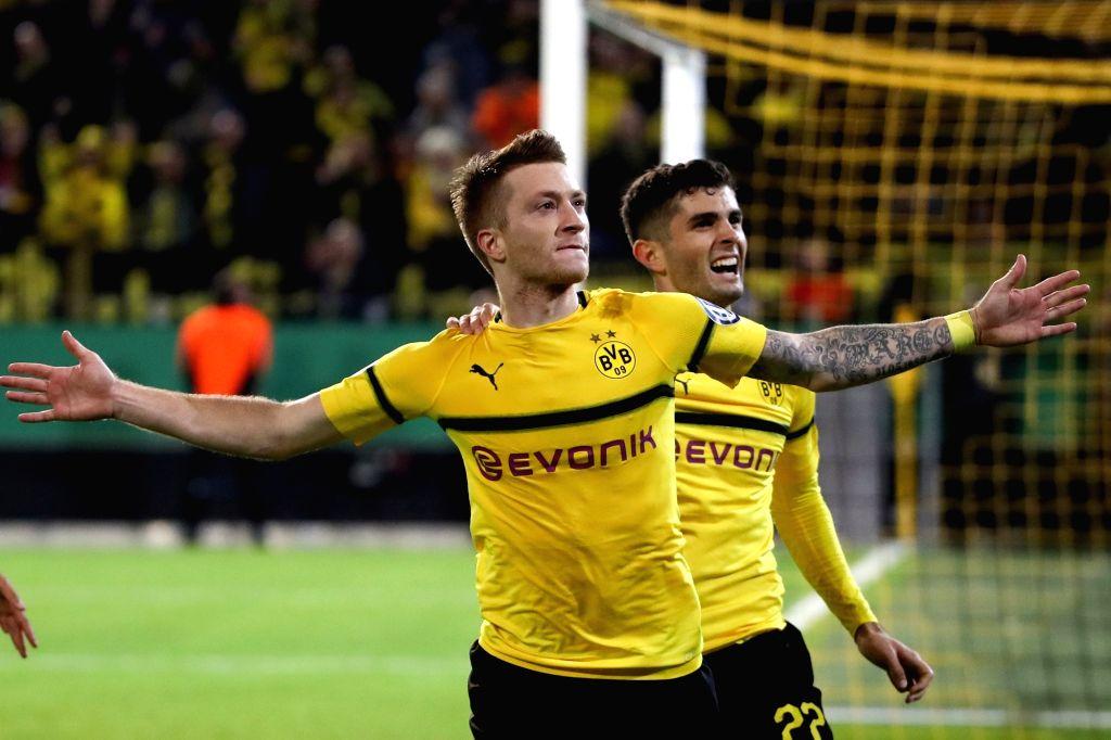 DORTMUND, Nov. 1, 2018 - Marco Reus (front) of Borussia Dortmund celebrates scoring during the DFB Cup match between Borussia Dortmund and Union Berlin in Dortmund, Germany, Oct. 31, 2018. Borussia ...