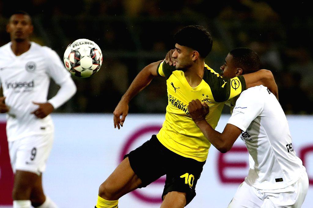 DORTMUND, Sept. 15, 2018 - Gelson Fernandes of Eintracht Frankfurt and Mahmoud Dahoud of Borussia Dortmund fight for the ball during the Bundesliga match between Borussia Dortmund and Eintracht ... - Gelson Fernandes