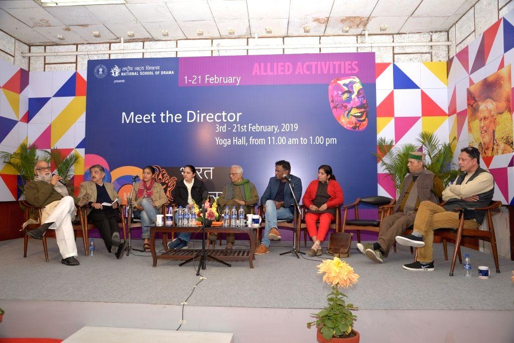 Drama critic Sanjay Sahay and Theatre critics Manohar Khushlani,Director Nimmy Raphel(Bali), Corrdinator- Neetu Vaid, Director Mr. Arun Mukherjee (Nirnoy) and Director Baharul Islam ... - Arun Mukherjee