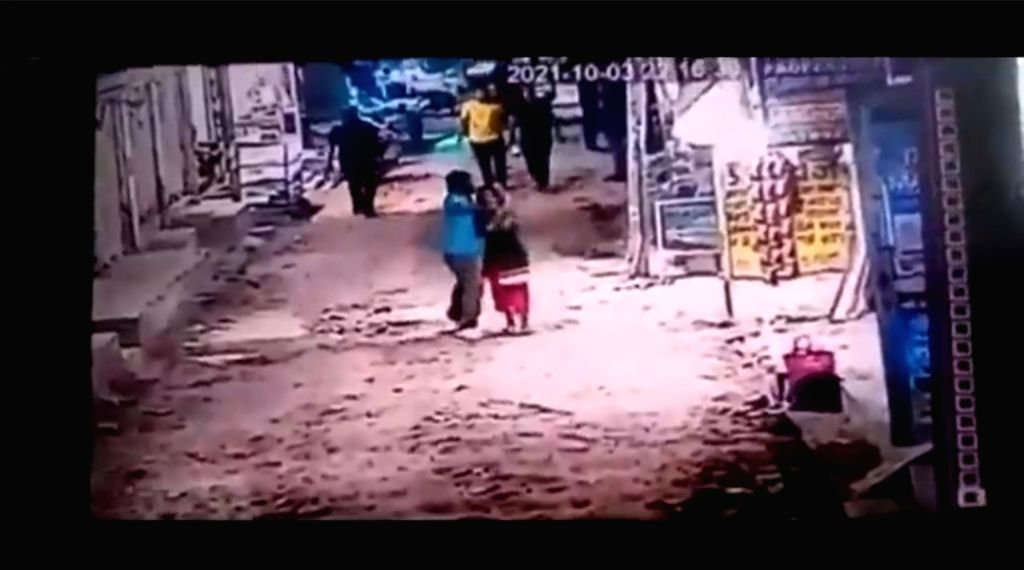 Drunk man asked for beedi from shopkeeper woman