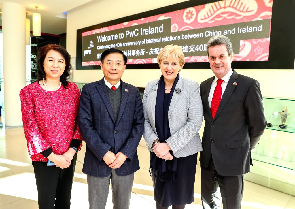DUBLIN, Jan. 31, 2019 - Chinese Ambassador to Ireland Yue Xiaoyong (2nd L) and Irish Business, Enterprise and Innovation Minister Heather Humphreys (2nd R) pose for photos during an event celebrating ... - Heather Humphreys