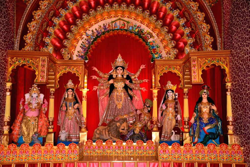 Durga idol at Mudiali Durga Pandal in Kolkata on Oct 8, 2016.( Photo: Kuntal Chakrabarty/IANS)