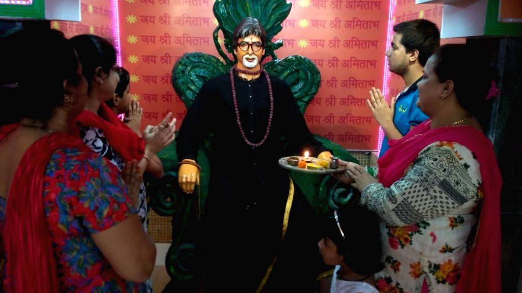 During Durga Puja in Kolkata, almost every puja committee takes an initiative to feed the needy and poor with Maa Durga's 'prasad'. A very similar picture can be seen in a temple located in the city's Bondel Gate area. The only  - Amitabh Bachchan