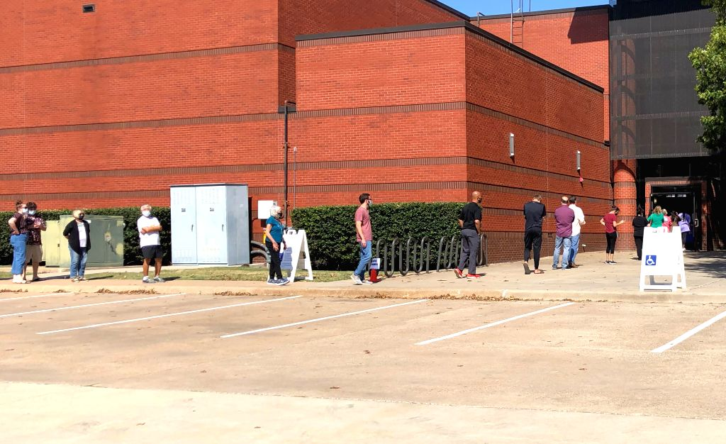 Early voter turnout in Texas county surpasses 2016 figure