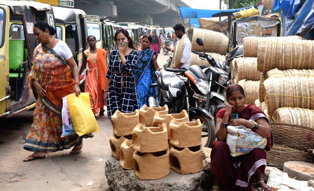 Earthen articles on sale on the eve of Chhath Puja celebrations, in Patna on Oct 30, 2019.