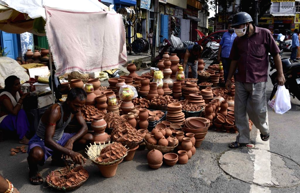 Earthen lamps being sold on the eve of the ground breaking ceremony of the Ram Temple in Ayodhya; in Patna on Aug 4, 2020.