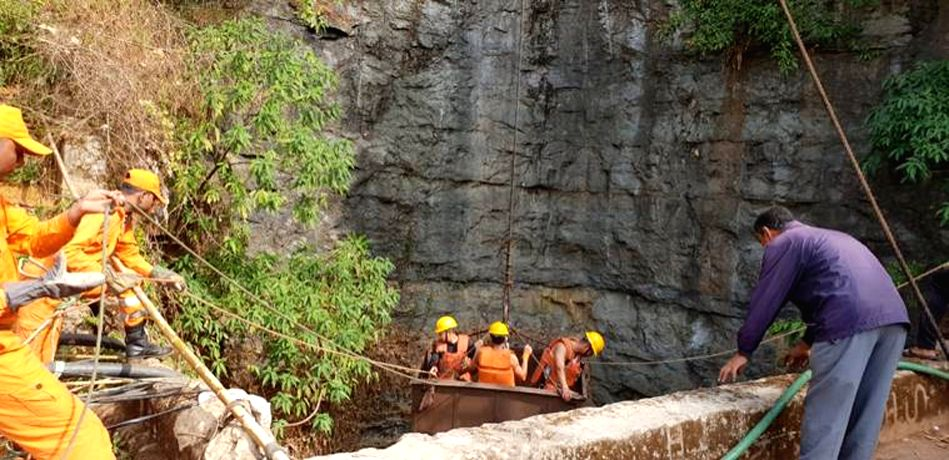 : East Jaintia Hills: Rescue operations underway at a water filled coal pit where 13 miners got trapped in Meghalaya's East Jaintia Hills district on Dec 14, 2018. A team of 72 members from the ...
