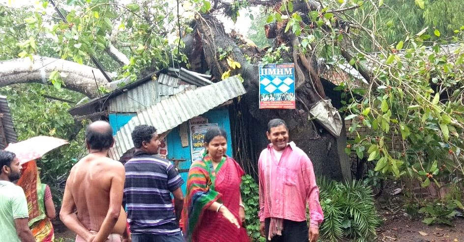 East Midnapore: Uprooted trees damage a street-side shop at Digha after the cyclonic storm made a landfall on neighbouring Odisha's eastern coast affecting six districts of Gangetic West Bengal including East Midnapore, on May 3, 2019. The cyclone is